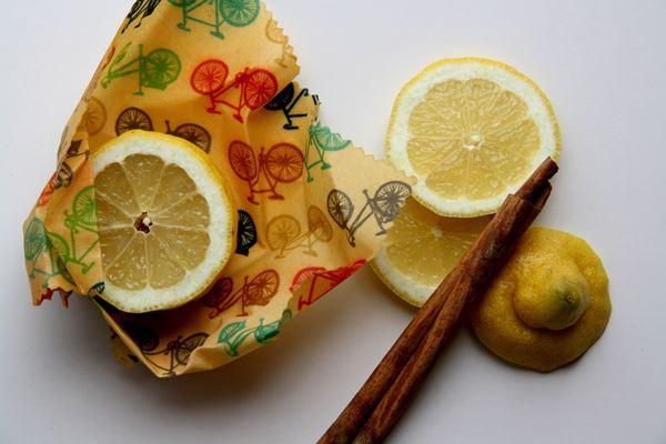Limones envueltos en envoltorio ecológico y natural alpispa