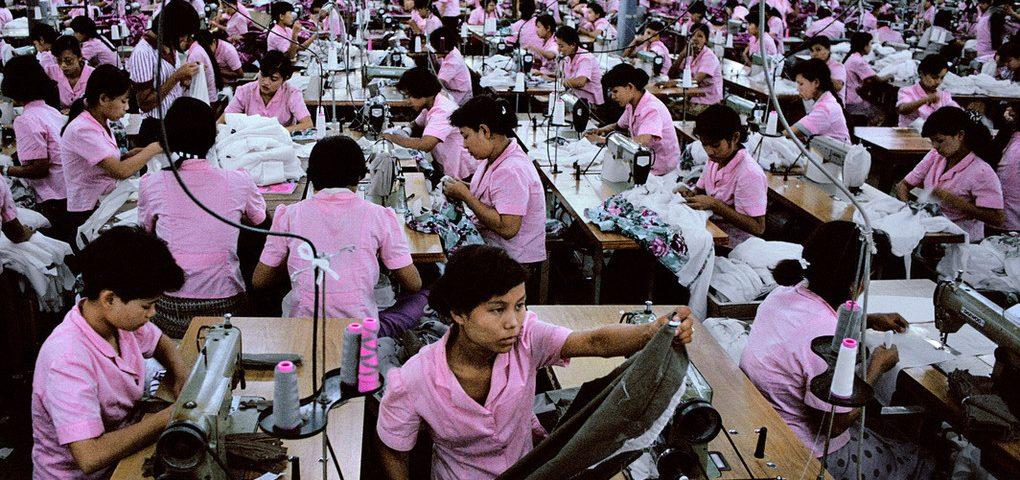 Industria textil Asia con moda y ropa